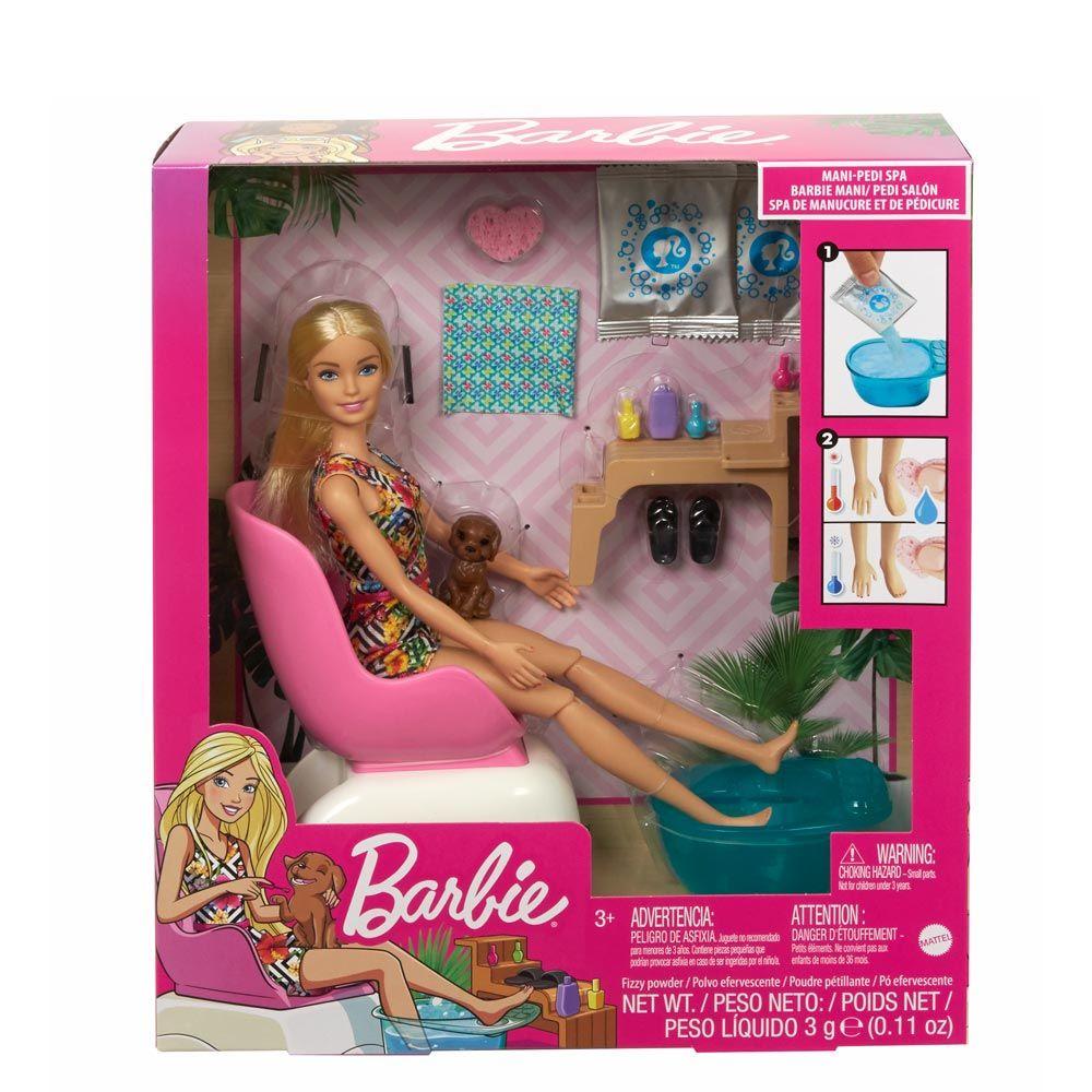 Papusa Barbie la salonul de manichiura Barbie Wellness Spa