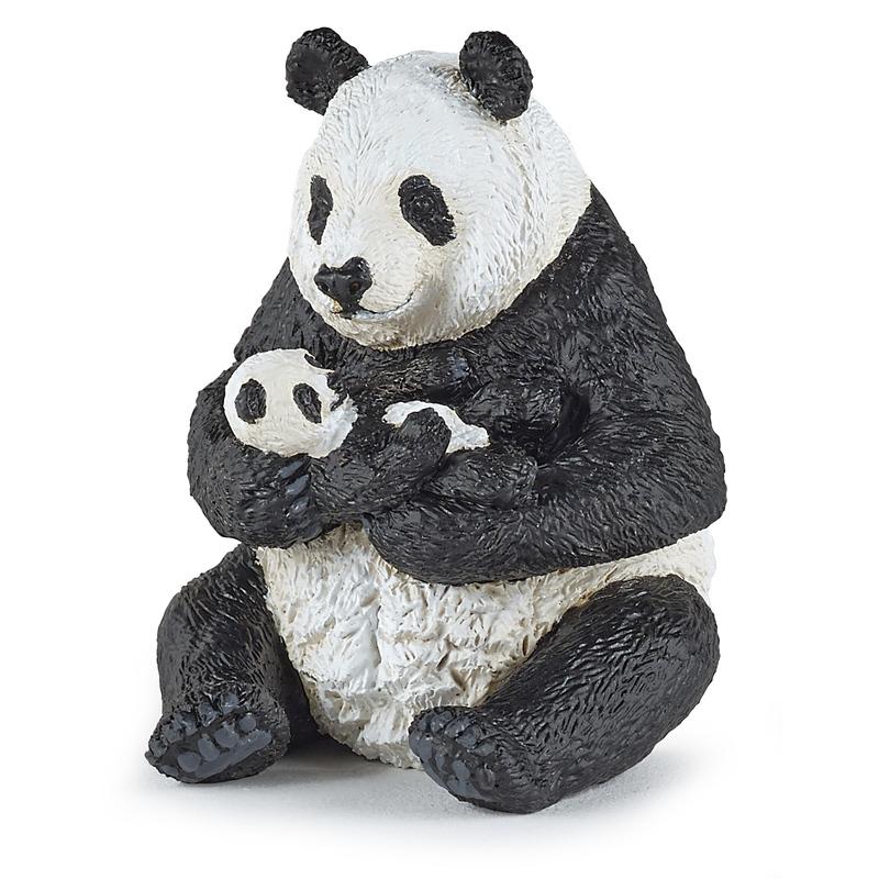 Urs Panda cu pui Papo imagine hippoland.ro